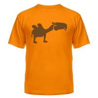 Футболка с верблюдом
