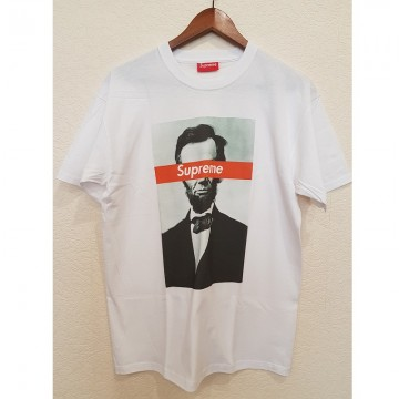 Модная футболка Суприм